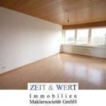 Bildschöne 2-Zimmer-Mietwohnung mit breiter Sonnenloggia!