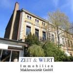 Mitten in Brühl! Denkmalgeschützte Stadtvilla mit überhohen Decken!