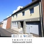 Bergheim-Oberaußem! Großes Einfamilienhaus mit Sonnengarten
