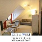 Erftstadt-Niederberg! Idyllische Ruhiglage! Charmante Dachwohnung mit Sonnenloggia!
