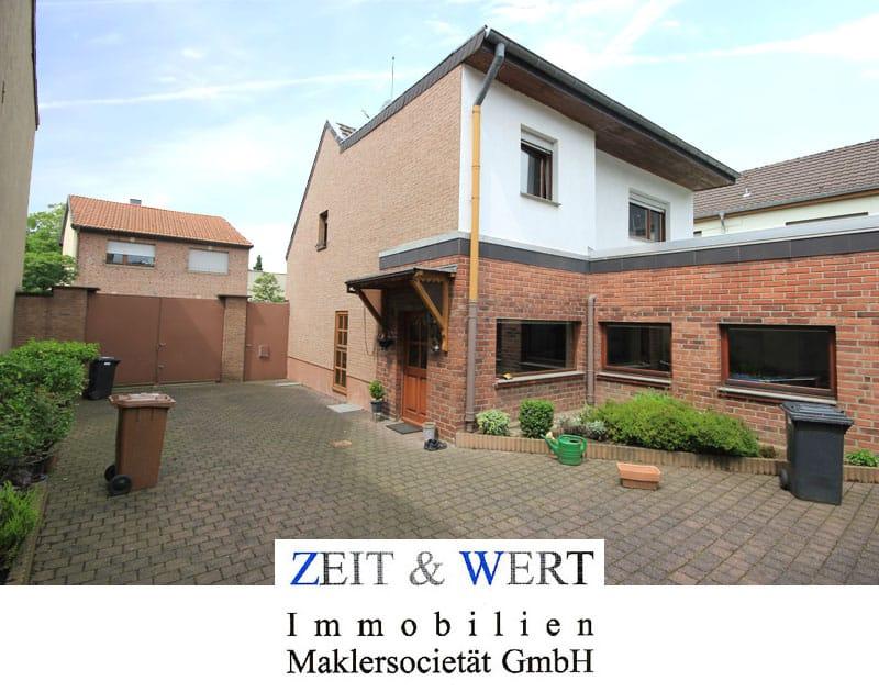 Freistehendes Einfamilienhaus in Merzbach Girbelsrath