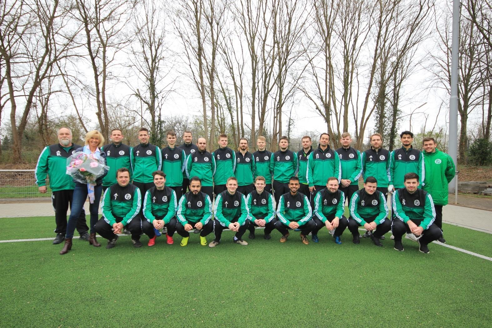ZEIT & WERT Immobilen sponsort Sportverein Erfa 09 Gymnich