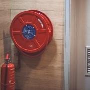 Brandschutztür verkeilen